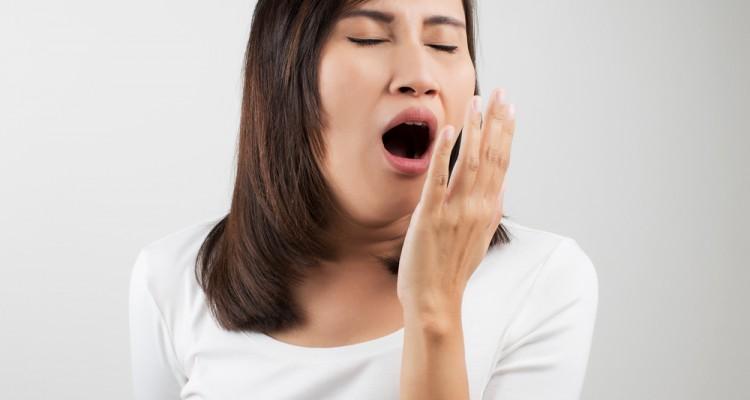 tired-woman-yawning