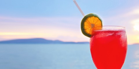 cocktail-by-the-sea